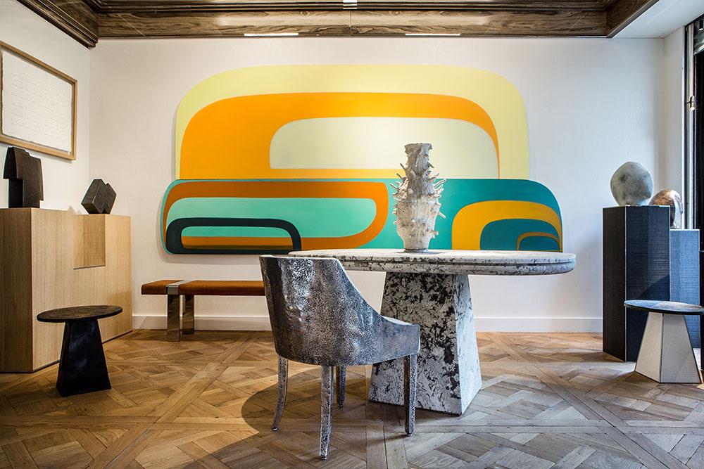 La galería de Stéphanie Coutas rinde homenaje a las artes decorativas