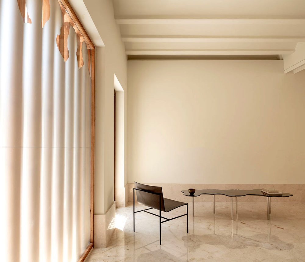 Mobiliario minimalista para espacios diáfanos